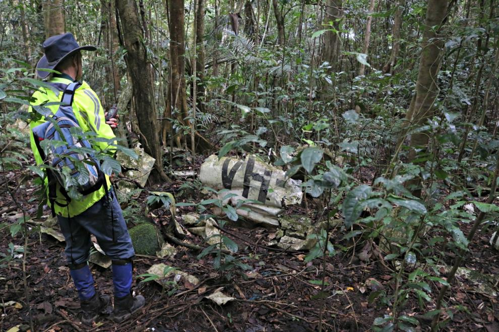 Forgotten plane crash site found in Wet Tropics