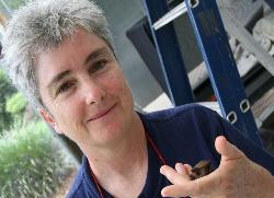 Jenny Maclean, Bat Hospital Photographer: Campbell Clarke