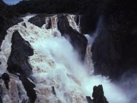 Barron Falls in flood Photographer: Daryn Storch