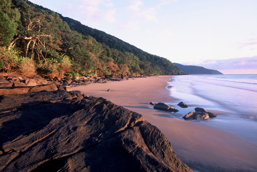 Captain Cook Highway and coast Photographer: Campbell Clarke
